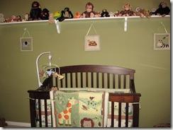 Crib & Monkeys